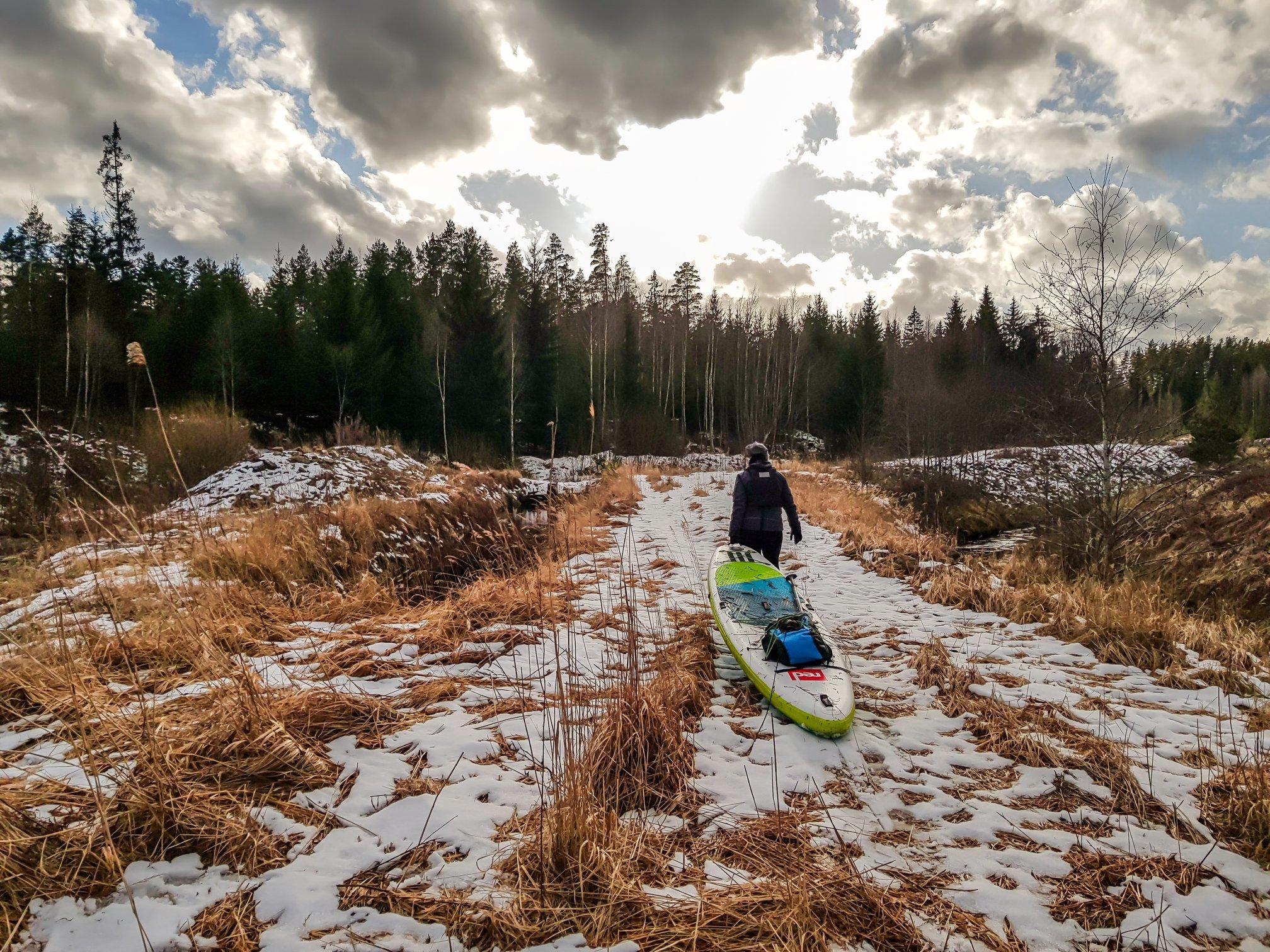sup airēšana ziemā